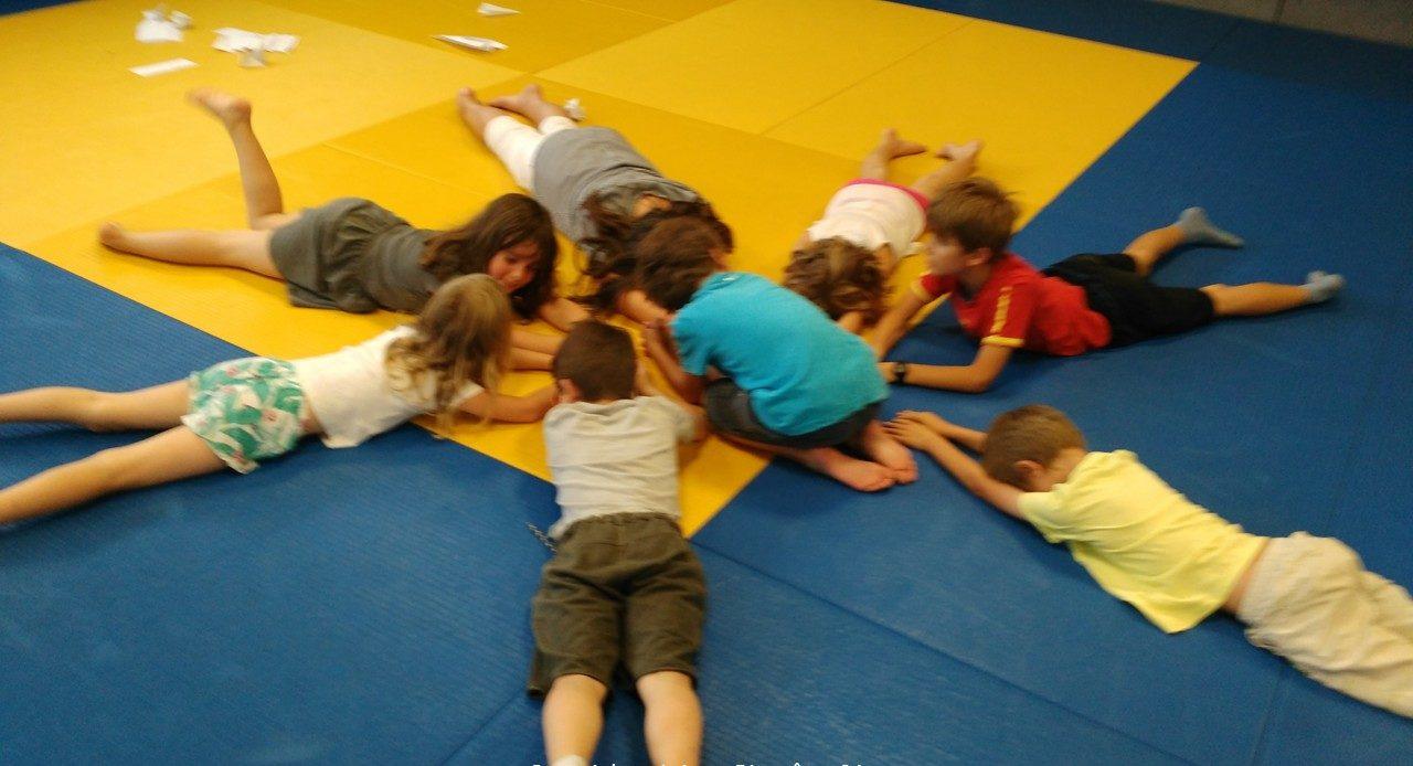 Yoga du rire enfants